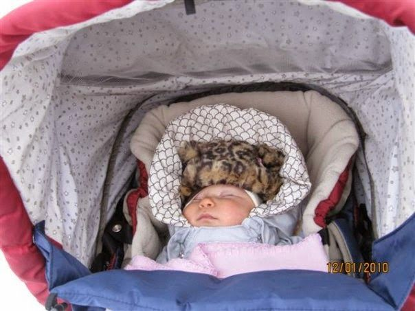 Finnish Mommy's Corner: Babies nap outside in Finland -- all year around!