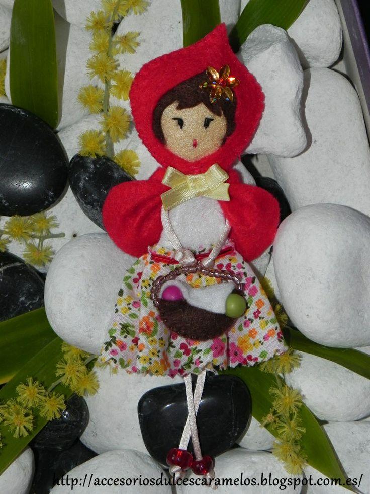 Caperucita Roja / red Riding Hood http://accesoriosdulcescaramelos.blogspot.com.es/search/label/Mu%C3%B1ecas%20Fieltro%20Cuentos%20Infantiles