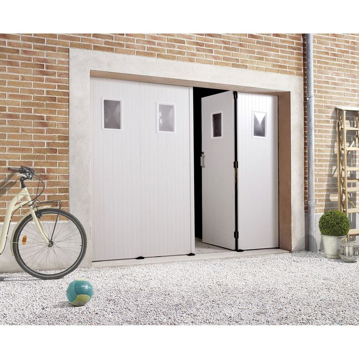 Porte de garage pliante, manuelle PRIMO H.200 x l.240 cm, avec hublot   Leroy Merlin