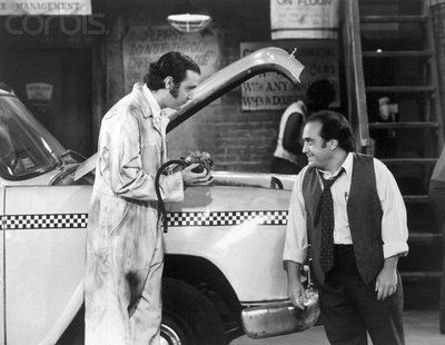 Andy Kaufman & Danny DeVito in Taxi