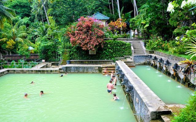 PIN ➕ INSTA: @sophiekateloves ✔️ Banjar Hot Springs at Lovina, Bali