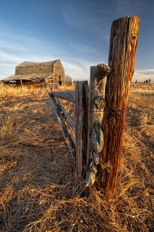 ♥ Old barns and fence posts...