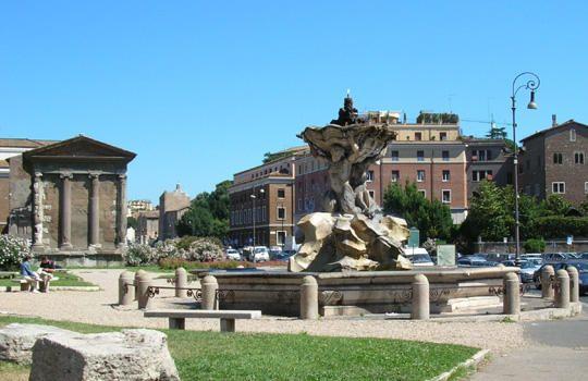 fontana dei tritoni in piazza bocca della verità