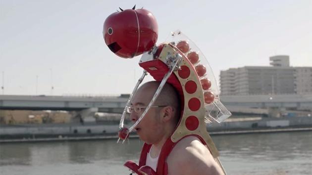 [Japon] Tomatan : un robot portable distributeur de tomates http://bit.ly/1AmIZmJ