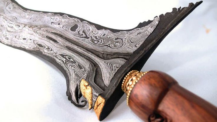 8 Senjata Tradisional Indonesia yang Keren dan Menarik