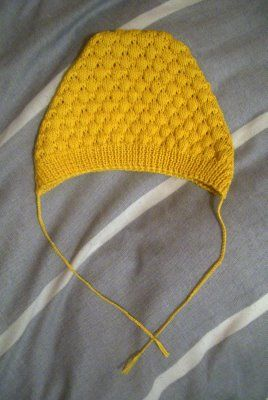 bobble hat - free vintage pattern