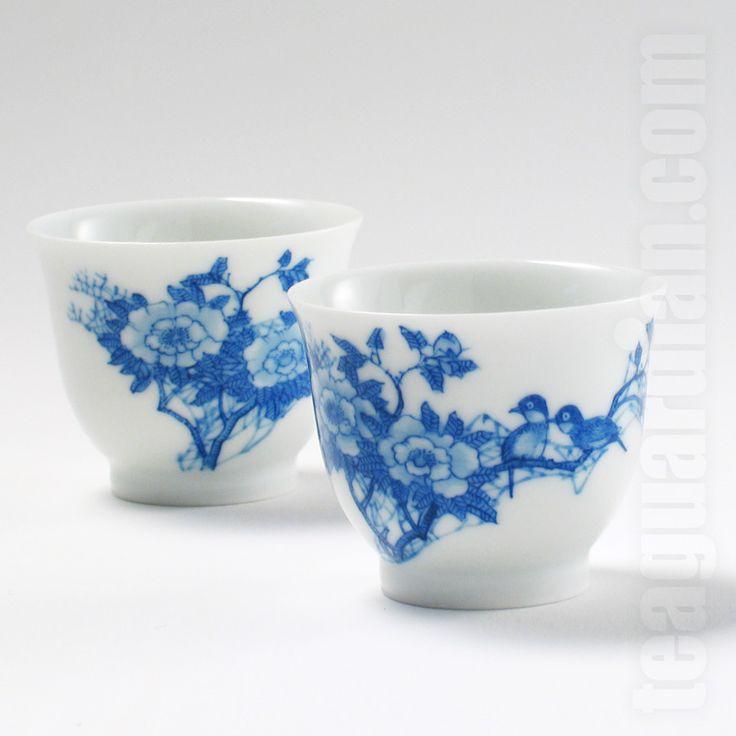 Hand-painted blue china gongfu cups by Gui He Xiang