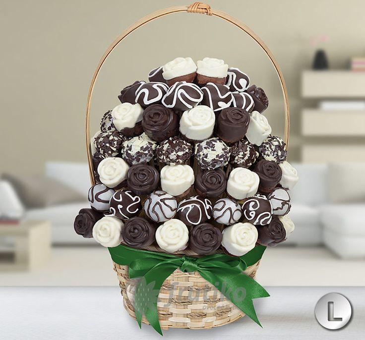 Netradiční čokoládový dort ve tvaru kytice od Frutiko.cz