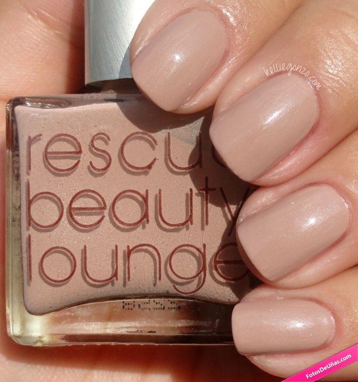 Decoración de uñas de color marrón, similar a la piel. #Uñas #Nails #NailsDone #NailsArt #Manicura #Beauty
