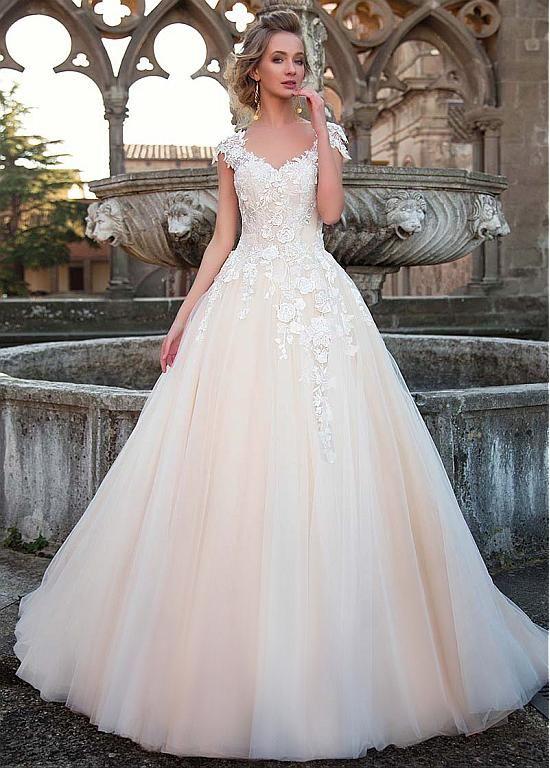Magbridal Fashionable Tulle V-neck Neckline Natural Waistline A-line Wedding Dress With 3D Lace Appliques