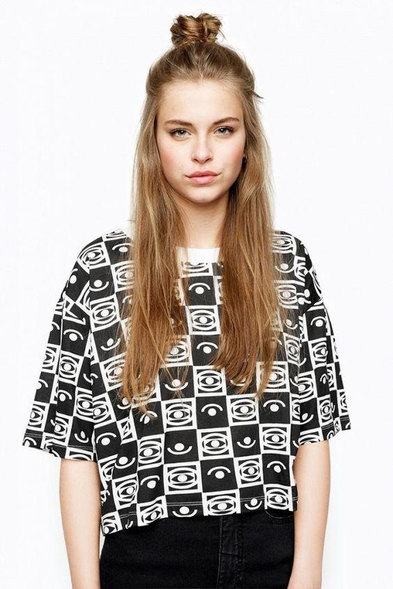 ロングカット×四角顔さんにおすすめのヘアスタイルは外国女子から学べ♡個性的なアレンジで周囲にさをつける髪型に☆