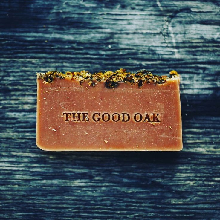 Floral Soap - The combination of Hibiscus & Elderflower create a beautiful aromatic soap that ignites your spirit to feel connectedness to the beauty of life. A soothing exfoliant and detoxifier for all skin types.