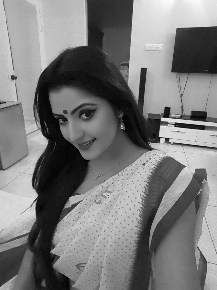Pori Moni Bangladeshi Actress Biography, HD Photos (66)