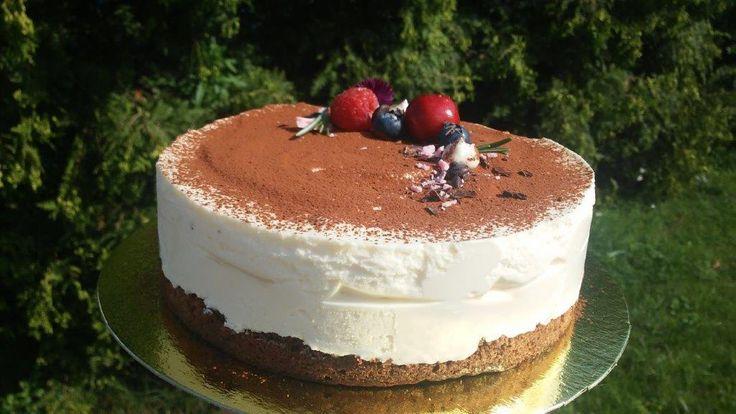 Праздничные торты без мастики на заказ в Одинцово и Москве