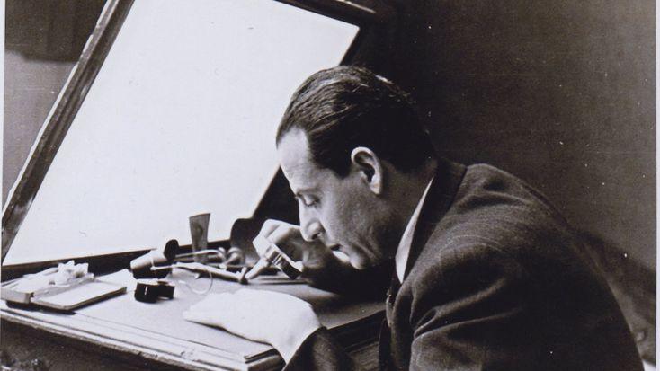 Φιλοτέχνησε συνολικά έντεκα τραπεζογραμμάτια, έχοντας αποκτήσει ειδίκευση στη χαλκογραφία. Η ζωή και το έργο του μεγάλου χαράκτη σε μια έκθεση.