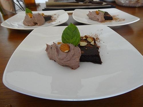 Chocolate Chili Cake w/ Pecan Caramel Sauce #rawdessert #rawcake #rawchocolate,
