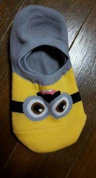 安いのに生地もしっかりしてて、滑り止めとかもついてました!おまけも可愛いのが届いて満足しています ☆ミニオンソックス qoo10.jp intype socks