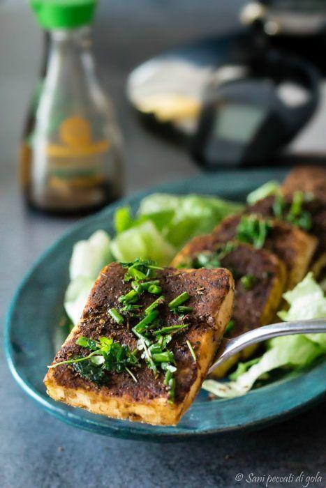 Tofu piccante alle erbe aromatiche in salsa di soia  AMC