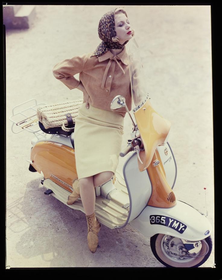 Advertisement for Daks Vogue 1961 © Norman Parkinson Limited/courtesy Norman Parkinson Archive > www.normanparkinson.com