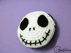 Nightmare Before Christmas Purse by Tsukeeno' s - This pattern is available as a free Ravelry download.