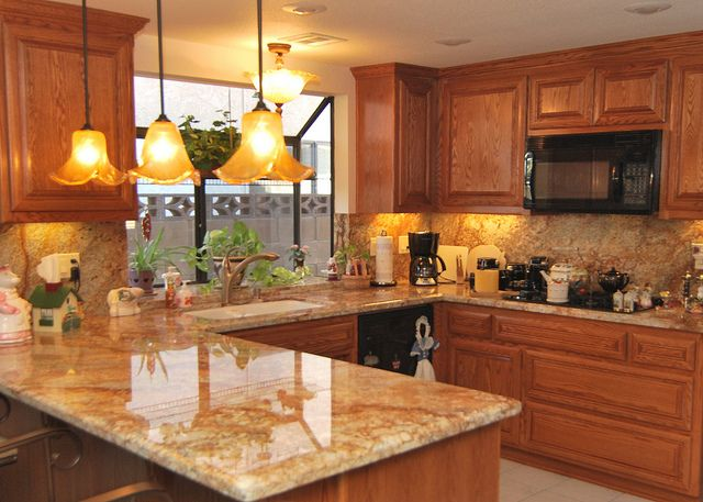 Oak Kitchen Cabinets With Granite Countertops : Granite to match oak cabinets brown painted kitchen