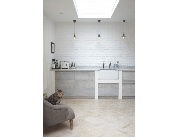 Simple and perfect Minimalist Kitchen in London by Jamie Blake of Blakes London | Remodelista