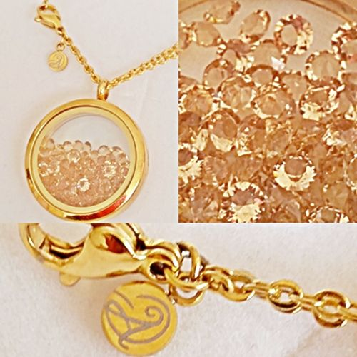 Souldance Stardust Swarovski Gold Necklace. Chain length: 60cm, approx 23.5 inches (No extender.) Locket: glass window, 3cm approx 1.2 inches Your Aistikas purchase will come beautifully wrapped in a branded Aistikas box. #aistikas #gold #goldnecklace #swarovski #crystal #souldance