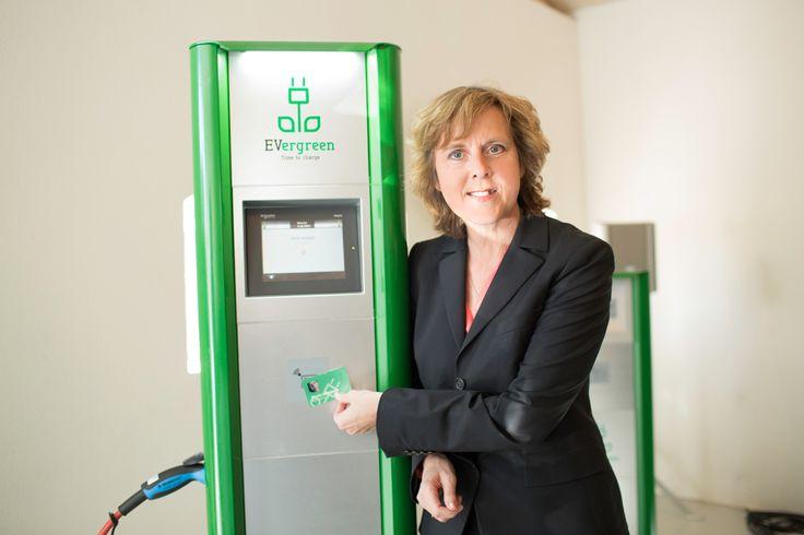 Klimaminister Connie Hedegaard. Reklamefotografering Kolding ved fotograf, professionel fotograf, reklamer, produktfotografering, reklamefoto, kolding. www.fotografkolding.net