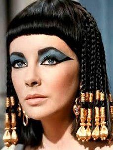 Egyptian make up Very bold