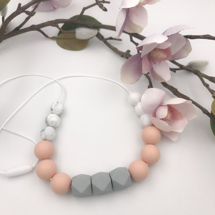 Grey/Blush Teething Necklace, Silicone Teethers, baby teether , cute baby teether , baby gift , baby shower gift , newborn toy , teething , teething relief