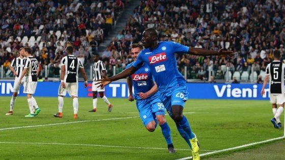 Juventus-Napoli 0-1: Koulibaly al 90' porta gli azzurri a -1