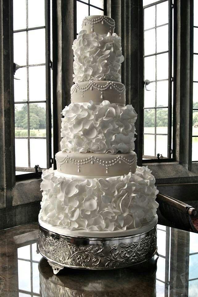 Tall+Wedding+Cake | Wedding Cakes - Tall vs Short...