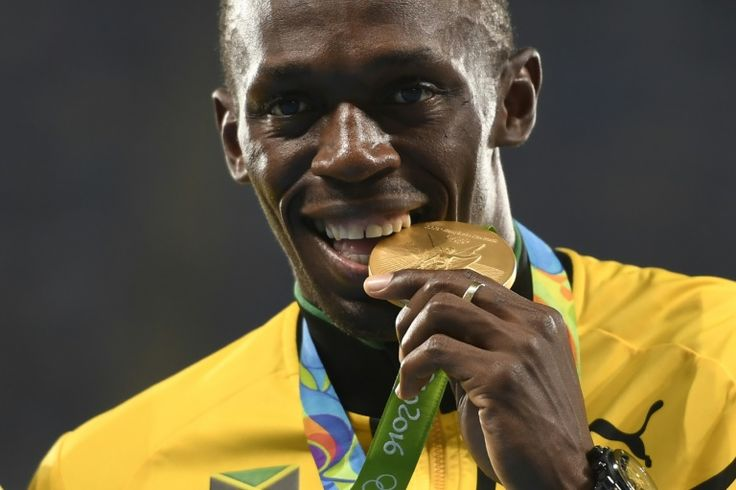 Bolt to join training at Dortmund   Berlin (AFP)  Jamaican sprint superstar Usain Bolt who has often said he dreams of becoming a professional footballer will spend a few days training with Borussia Dortmund the German club confirmed Sunday.  Britains The Guardian had quoted the nine-time Olympic champion as saying he had been in touch with the clubs coach to join training for a couple of days and to then see what happens.  Its not a joke its not a marketing stunt the clubs CEO Hans-Joachim…