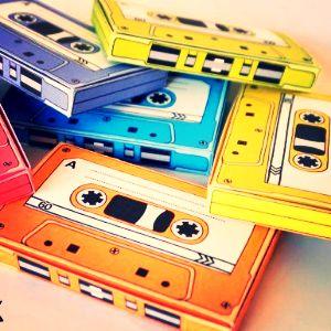 Weekendul e la un playlist distanta: Good Mood 90s Songs.   http://www.zonga.ro/playlist/p8rtnzrepg64g?asculta