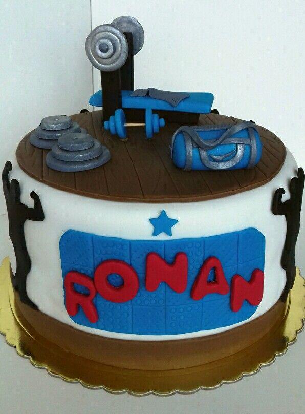 Torta gimnasio. Maricarmen's cakes online Store. 991526566. Delivery Lima Metropolitana.