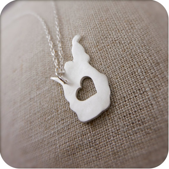 I likeSilver Necklaces, Beautiful Jewelry, Things West, Fashion Helpful, West Virginia, Cute Ideas, My Heart, Virginia Necklaces, Birthday Gifts