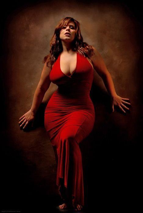 Drama in red London Andrews Model