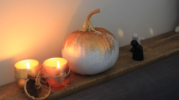 Halloween home decor, candle, gold glitter pumpkin, ghost, diy, easy, cute, idea