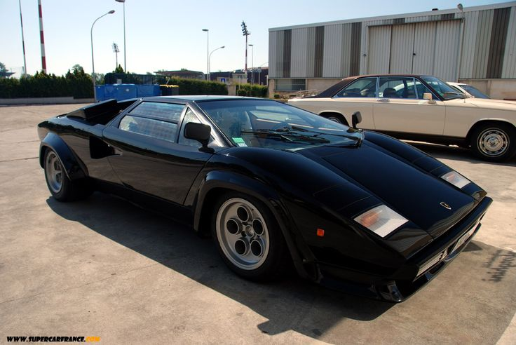 Side View Of An Impressive Looking Lamborghini Countach With A Massive  Blower On The Engine. | Countach | Pinterest | Lamborghini, Engine And Kit  Cars