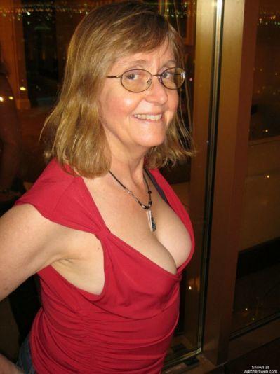 Pornstar tight busty body