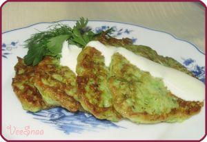 Оладьи из кабачков (кабачковые оладушки)  #pancake #кабачки #оладьиизкабачков #оладушки #zucchini #frittersofzucchini