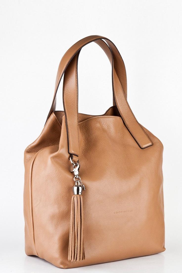 Autumn Chic - Coccinelle leather Shoulder Bag