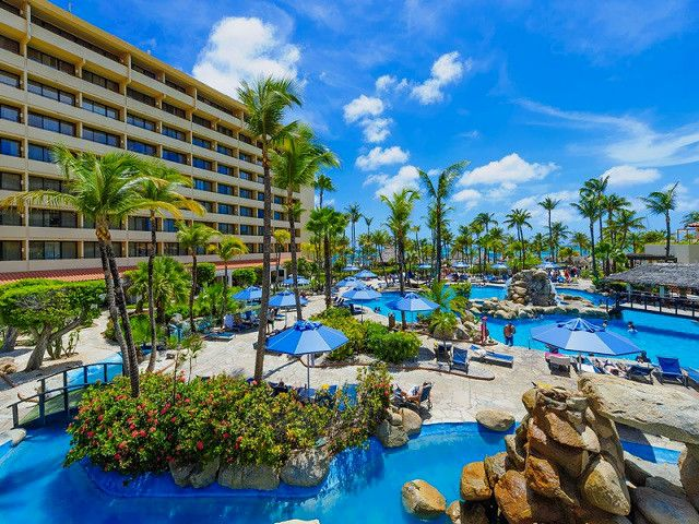 Aruba Vacations - Occidental Grand Aruba -High rise upscale resort on Aruba`s best beach.