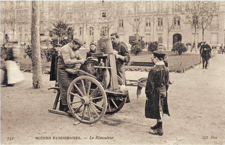 1903 carte postale du Remouleur Parisien.