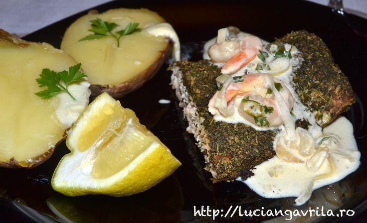Sos alb pentru pește - smântână, creveți, șalote (hașme) și capere