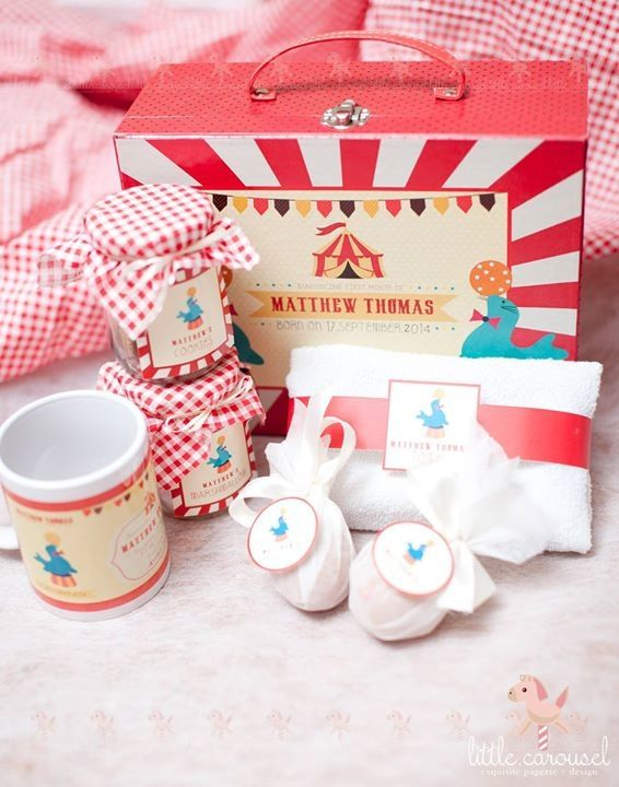 Project by Little Carousel http://www.bridestory.com/little-carousel/projects/baby-one-month-hamper