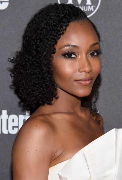 Actress Yaya DaCosta attends the Entertainment Weekly & People Upfronts party 2016 at Cedar Lake on May 16, 2016 in New York City.