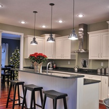 Kitchen Pendant Lights Over Island Bench