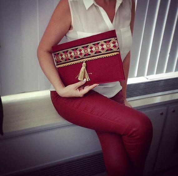 Tela de fieltro hecho a mano bolso étnico rojo Claret, embrague