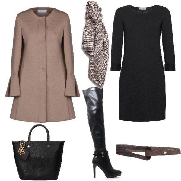 ba256f9103 Tubino nero semplice , cappottino elegante abbinato a stivali con ...